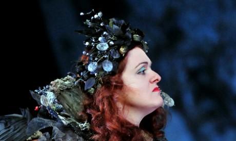 Suzanne Shakespeare as Tytania